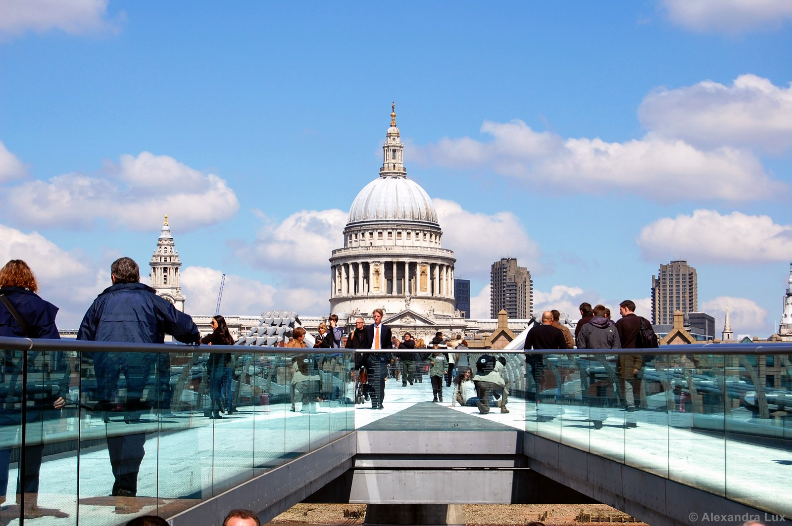 milleniumbridge zu st. paul's cathedral